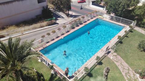 Habtcn doble,baño privado, piscina,montaña,playa.