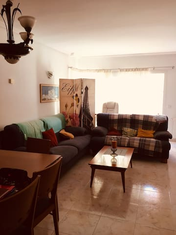 Affordable room in Santa Eulalia <3