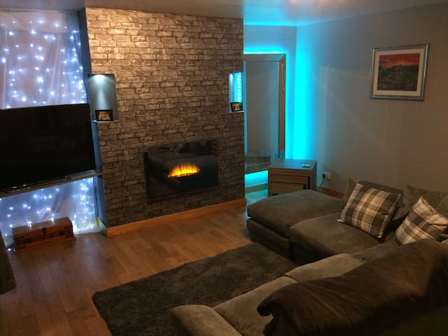 Homely double room in Stonehaven