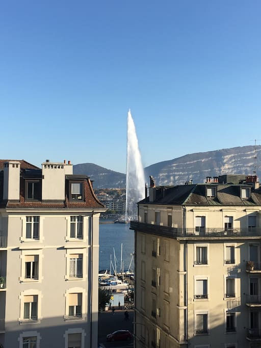 Beautiful view on the jet d eau from the apartment