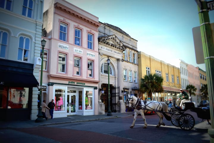 Downtown Charleston, KING ST
