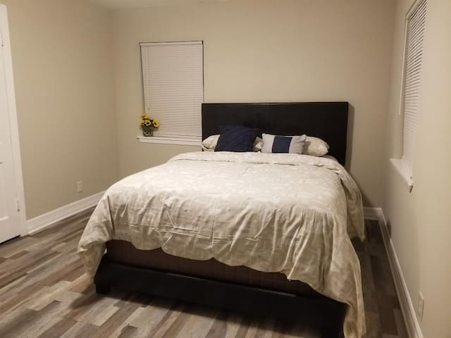 ✔Private Bedroom #2 - Relax after work