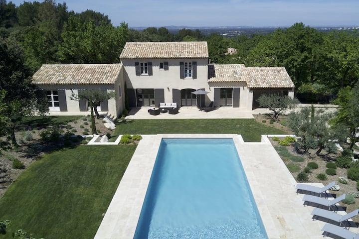 Bastide Provençale avec piscine à 2 pas de Saint-Rémy-de-Provence