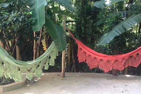 Natureza e delicioso café da manhã - Brumadinho - Kabin