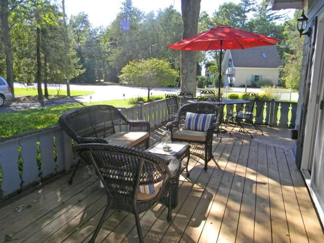 Family Friendly Retreat in the Heart of Sister Bay - Sister Bay - Ev