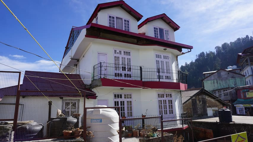Homely Stay in Kufri - Shimla - Hus