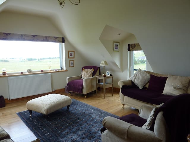 Taigh Geal - Stornoway - Apartment