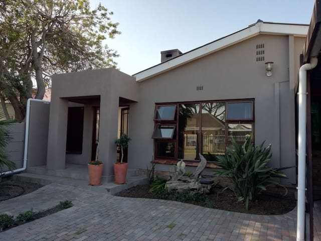 Somerset West Family Home