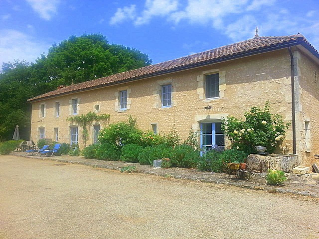 A restored farmhouse set in 5 hectares of tranquillity