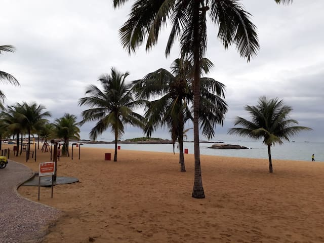 Apto super aconchegante na Praia de ITAPUÃ