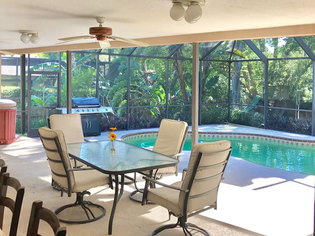 2000sqft Family friendly home - Palm Harbor - House