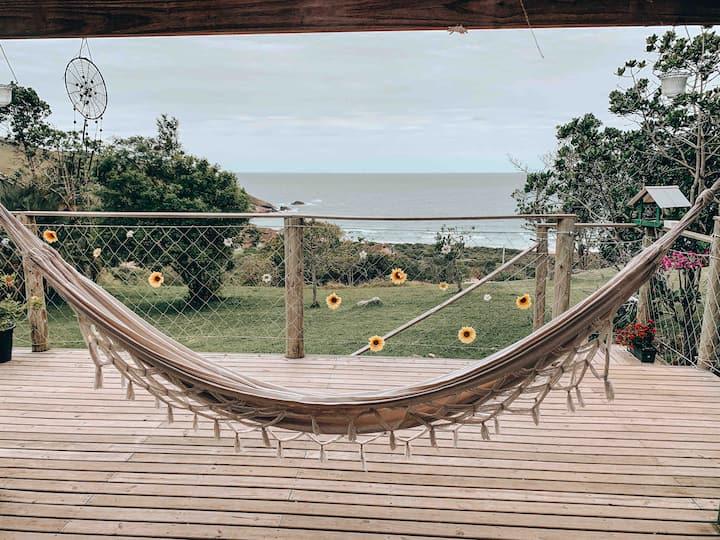 Casa com vista perfeita - Praia do Silveira/SC