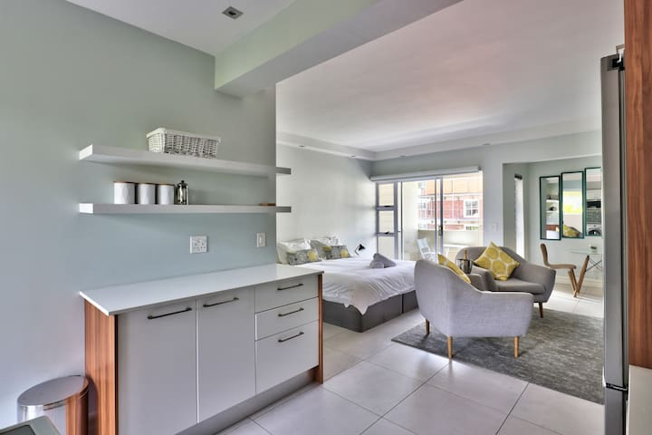 Stylish Fresnaye Studio easy access to Beach+City