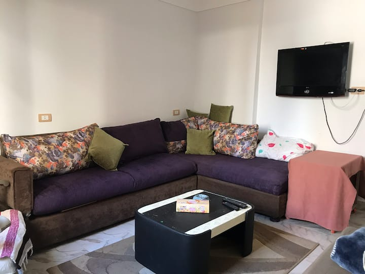 Small flat with sea view, cozy, well furnished