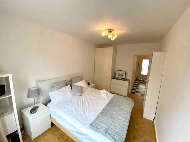Bedroom in New Spacious & Centrally located Flat