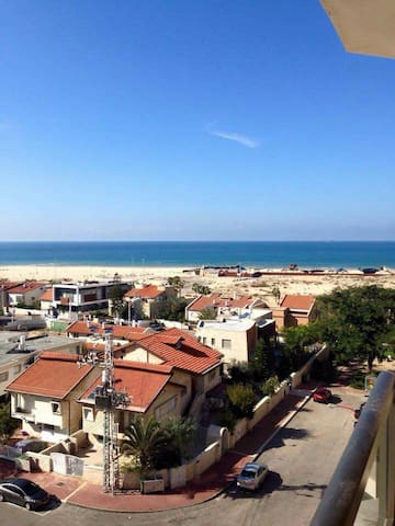 Apartment with a beach view - Ashdod - Apartemen