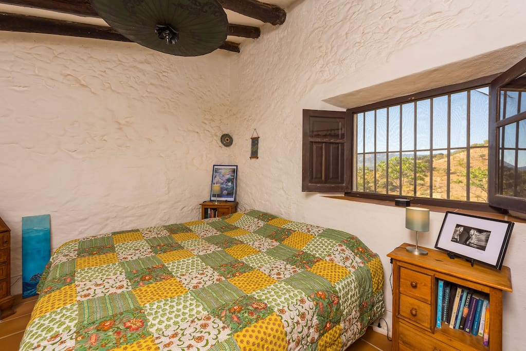 Gorgeous andaluz farmhouse malaga 3 maisons louer for Beds 4 u malaga