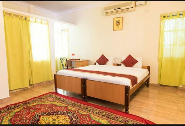 Private Balcony Room service apartment Indiranagar