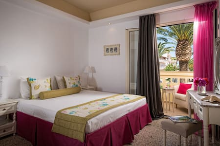Drossia Palms Junior Suite-PoolView - Malia