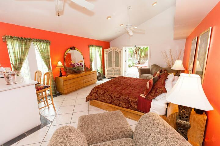 Master Suite along the beaches... - Key West - Dom