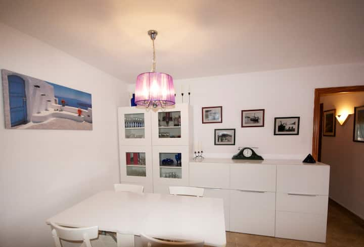 el turó. amazing apartment for 4 people close to the beach and Barcelona city