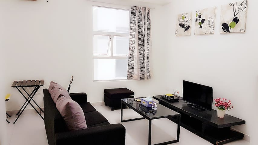 Modern stay for 2 backpackers or travelers choice