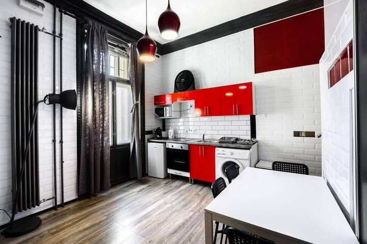 Charles City Duplex -  Studio 1