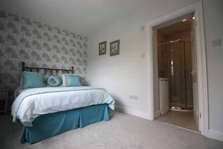 Middleton St George Double Room & En suite