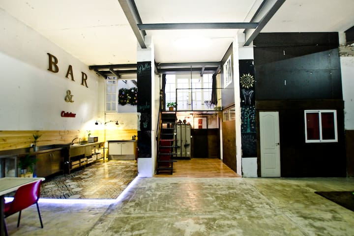 Stunning Loft Near to the Beach / Room 4 Couples