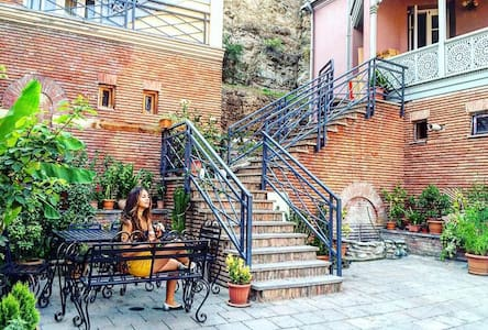 Cosy Duplex with Terrace in Historical Center - Tbilisi - Talo