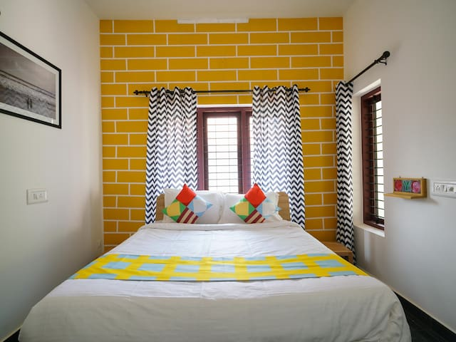 OYO - Lively 1BR Villa in Vytilla, Kochi (Best Priced)☑