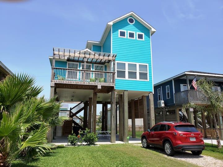 Blue Pearl on Vista - Walk to Quiet No-cars Beach.