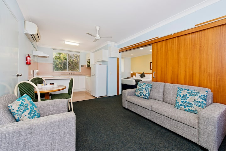 1-Bedroom Apartment @ Haven Waters