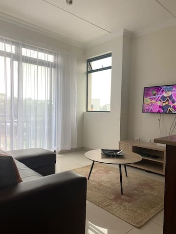 Umhlanga Modern 2 bed 1 bath apartment