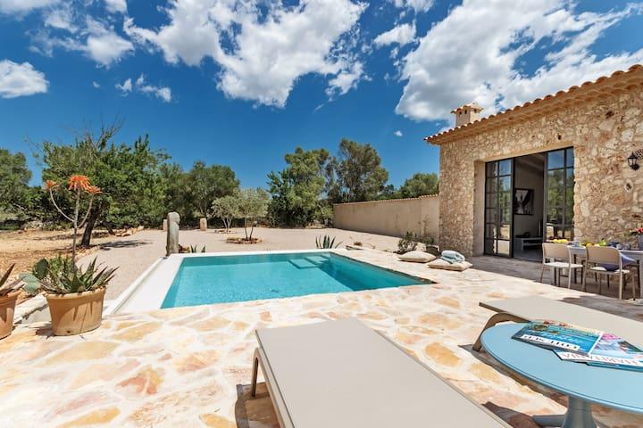 Luxuriöse Natursteinfinca Casa Cascada - Costitx - House