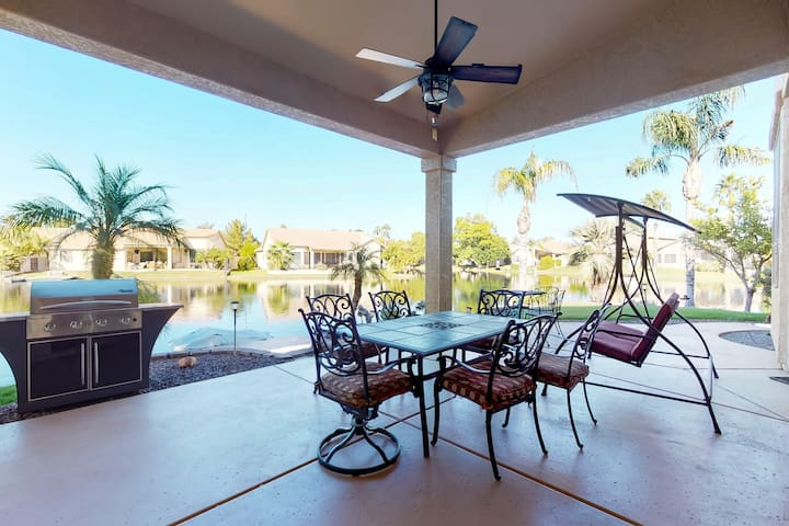 Lakefront home w/ pedal boat & 270-degree views - near golf courses