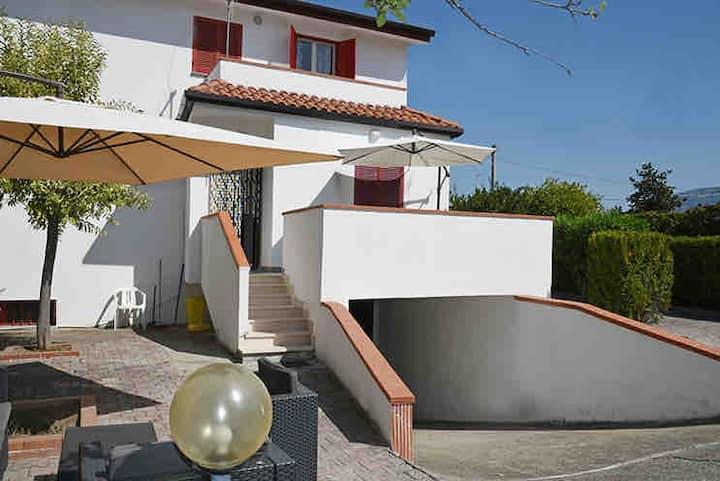NEW Luxury Beach House,Temples and Sea-5 Min Walk