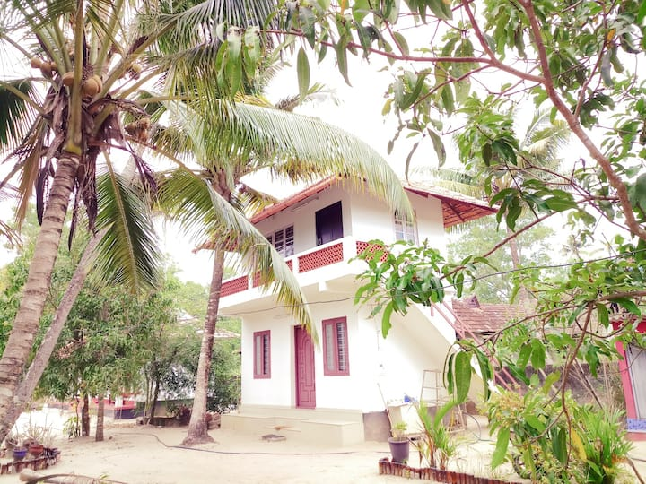 AC-TWIN/ DOUBLE ROOM WITH BALCONY@ACHAYANS MARARI