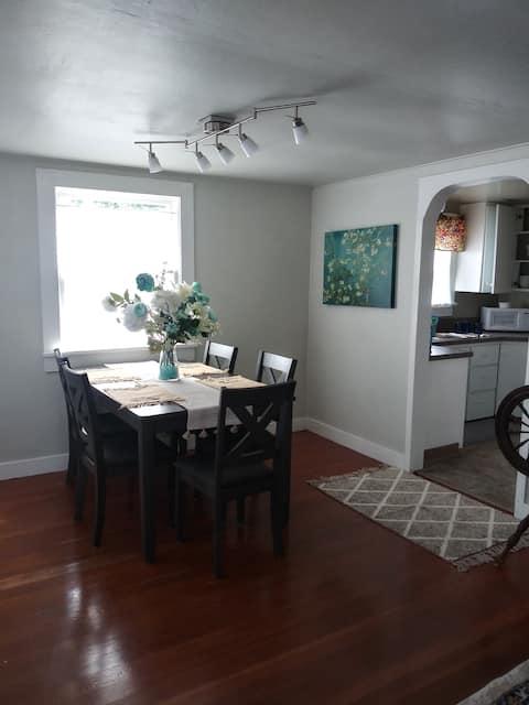 Aurora colony rental