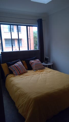 Double room in Maroubra Townhouse