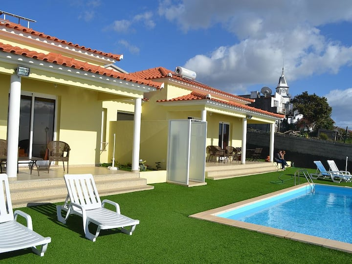 Loreto Cottages - Pool and Sea views