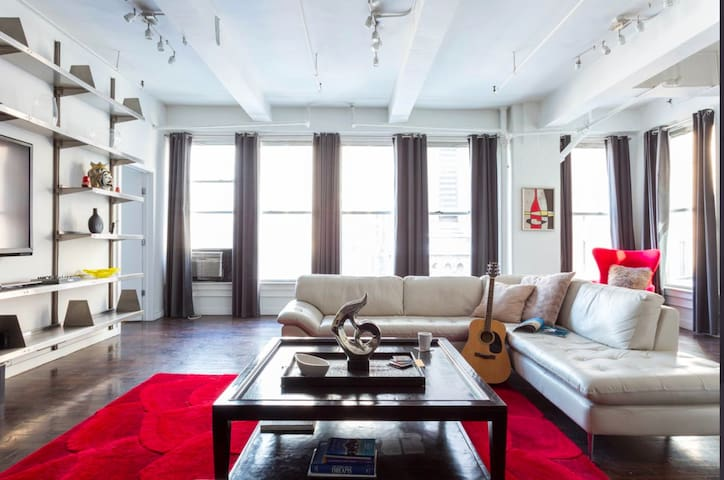 Spacious, luxury loft in a great area