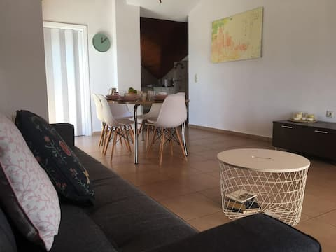 Lovely 2 Bedroom Sea View Apartment in Argostoli