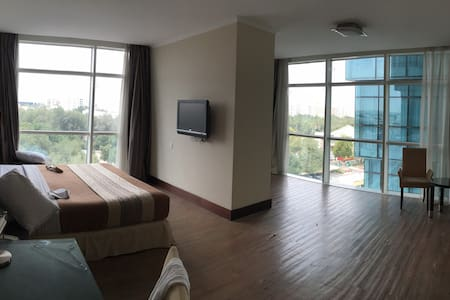 Holiday Villa Apt - Doha