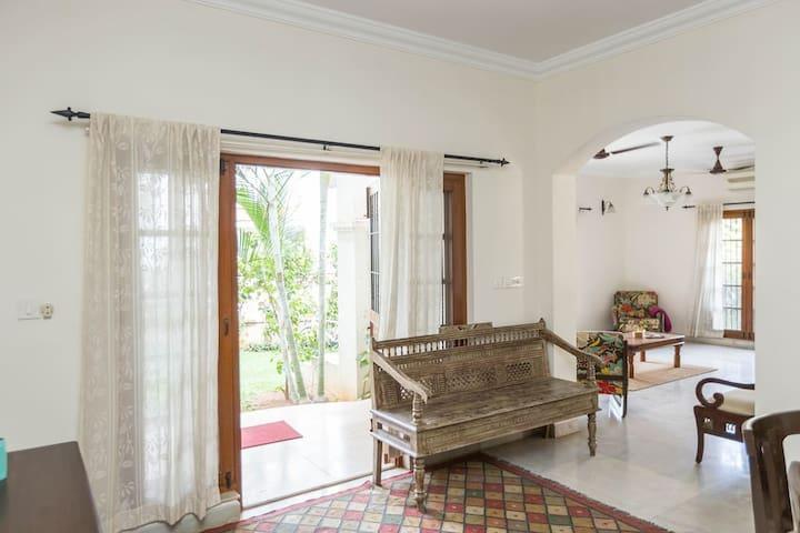 3.5 Bedroom Villa with Pool & Garden in Whitefield - Bengaluru - Rumah