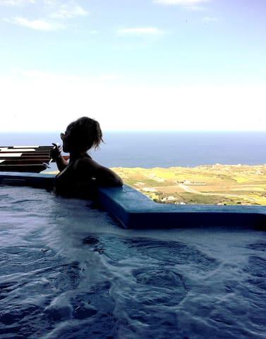 Belle Etoile honeymoon suite - ซานโตรีนี - ที่พักพร้อมอาหารเช้า