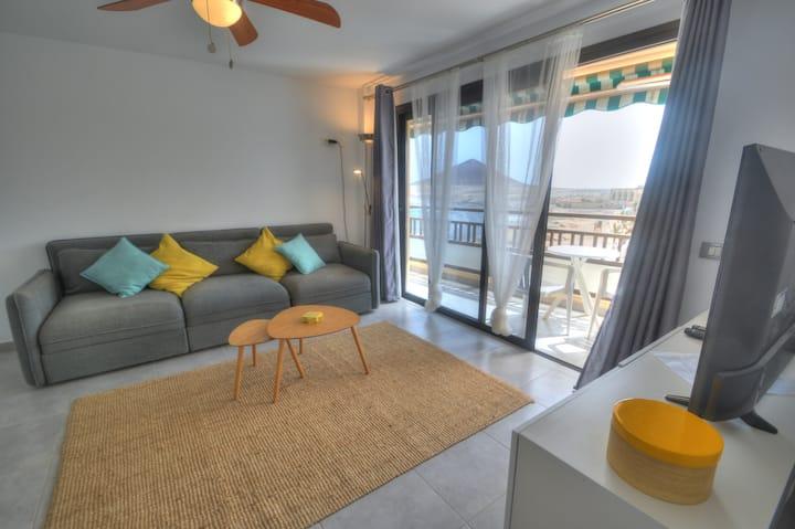 Apartamento El Medano con vistas a Montaña Roja