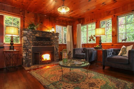 Cozy Harrison Creek Cottage, Monte Rio, CA - Monte Rio