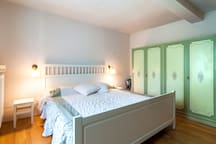 il letto - the king size bed