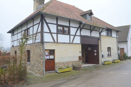 Cosy Holiday Home in Margraten with Terrace, Garden, BBQ